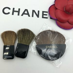 3 ( three  ) powder and  blush brush for cheeks